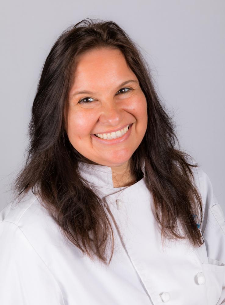 Meet your CFYA Advisors  |Lorena Rodriguez
