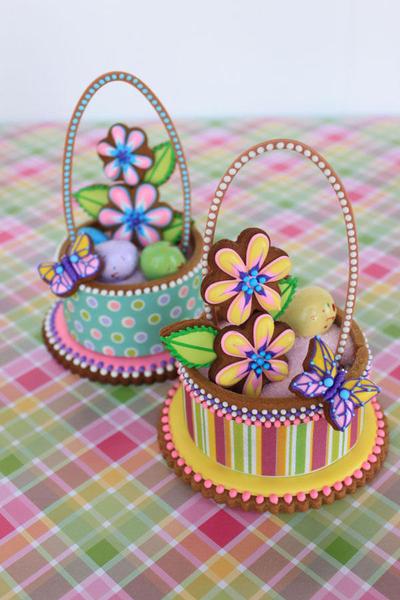 Contoured Cookie Baskets