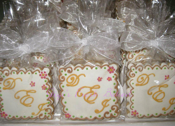 engagement favors2