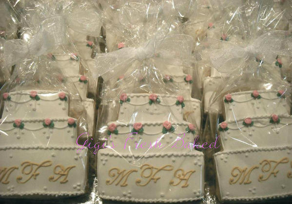 wedding cake favors 2