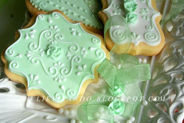 verde pastello, ricamo
