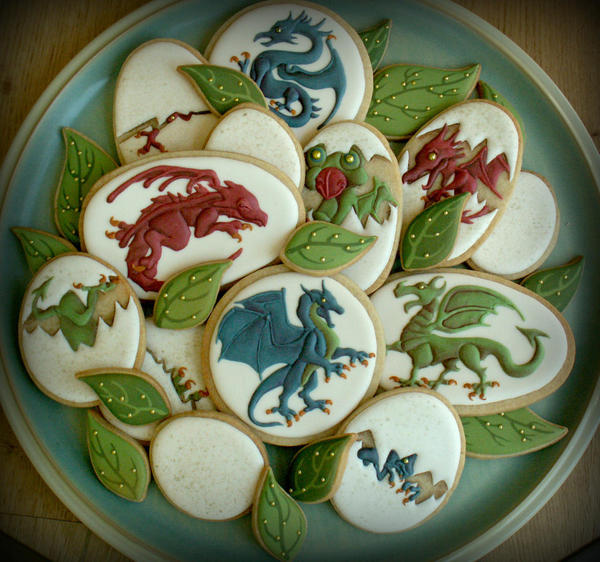Dragon Platter - Lucy at Honeycat Cookies - 3