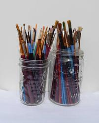 How to Store Brushes