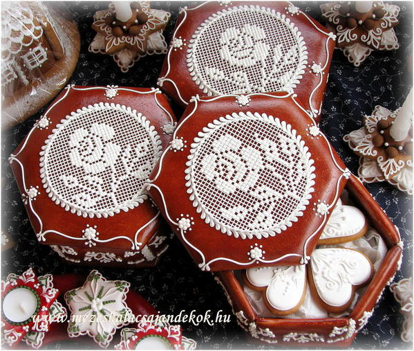 Rose Lace Boxes - Aniko Vargane Orban - 1