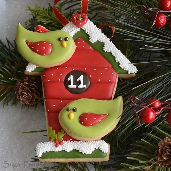 A Tweet Holiday - Sugar Pearls Cakes and Bakes - Day 11