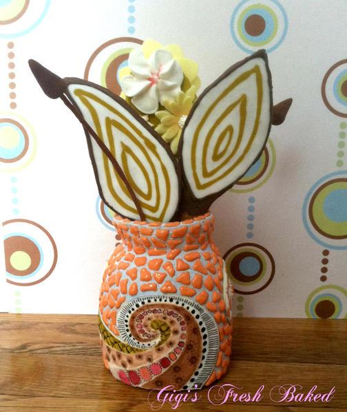 Cookie vase front view