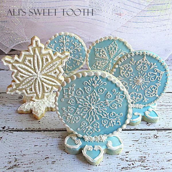 Ali's_Sweet_Tooth_Snowflake_Cookies
