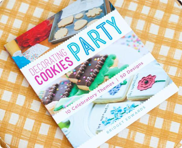 sneakpeekpostdecoratingcookiesparty-1