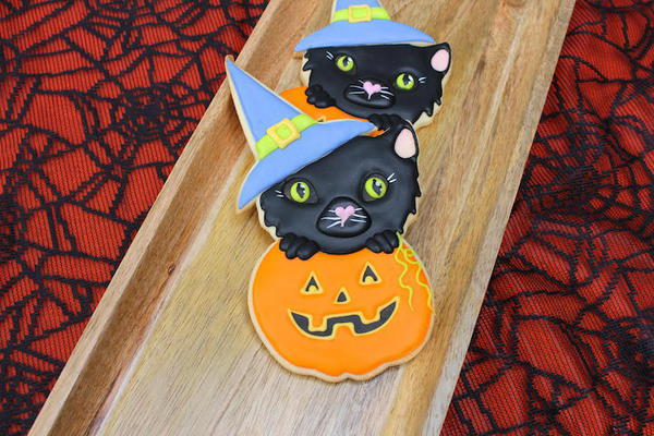 Black Witch Cat - Montreal Confections - 8