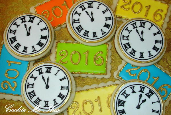 #10 - New Year's Eve Clocks by Heidi at Cookie Me This