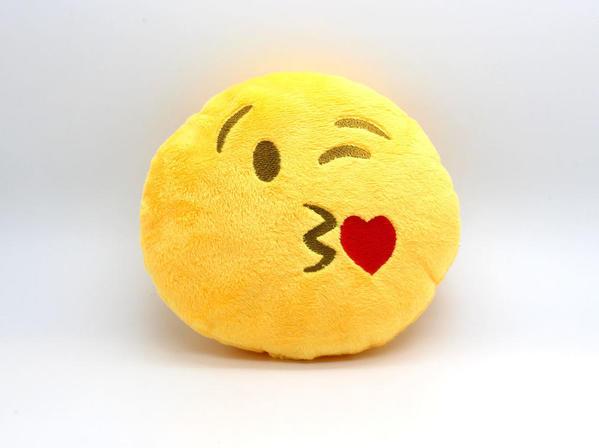 kissy-face-emoji-pillow_2048x2048