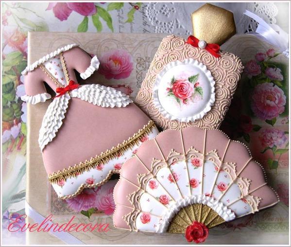 #4 - Marie Antoinette Cookies by Evelindecora