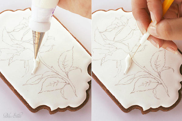 Piping Royal Icing Rose-Sepals: