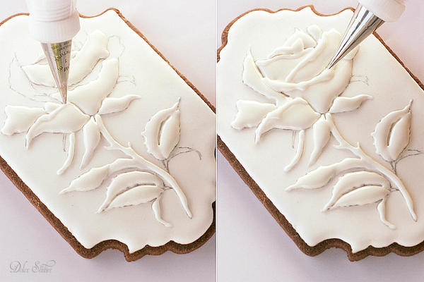 Piping Royal Icing Rose-Petal edges: