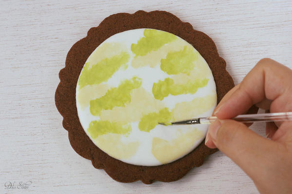 Applying pale green colour:
