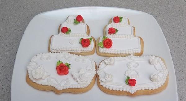 royal icing rose wedding cake cookies 8-20-2016