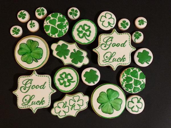 #6 - Good Luck Four-Leaf Clovers by Liesbet