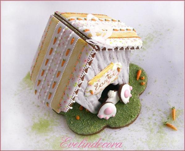 #2 - Bunny House Cookie by Evelindecora