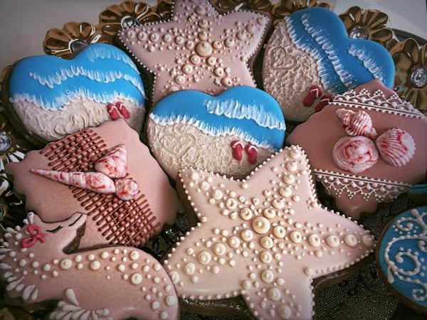 #10 - Summer by Pink Bee Cookies