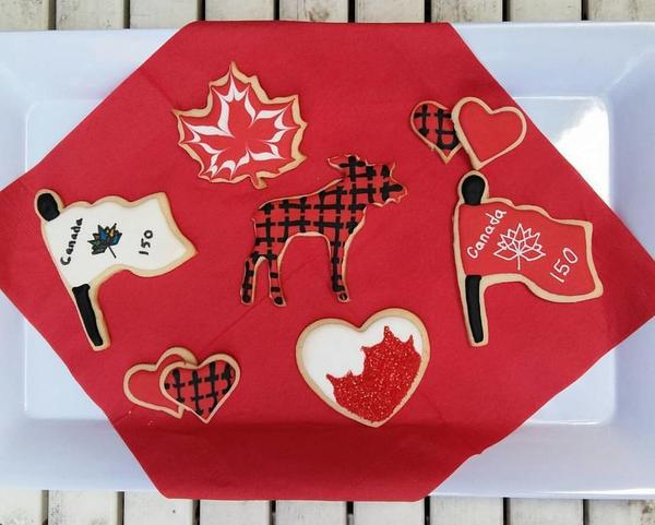 #5 - Canada Day Cookies 2017 by Joanna (Cookie Mojo)