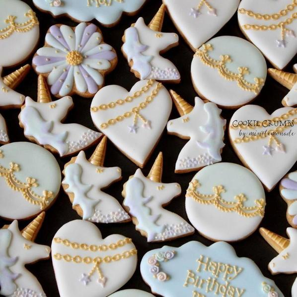 #7 - Unicorn-Themed Birthday Set by mintlemonade