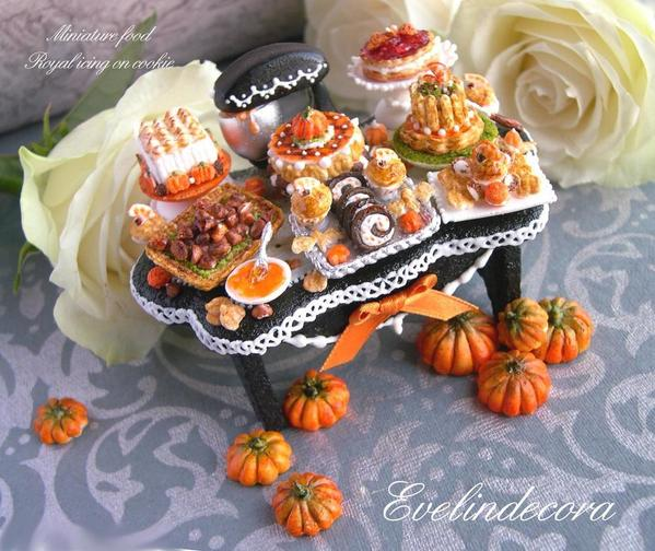 #7 - Fall Miniature Food Cookie by Evelindecora