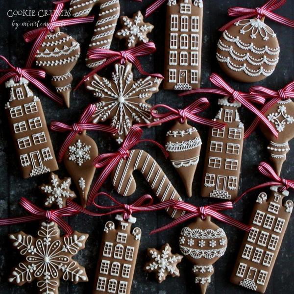 #10 - Christmas Cookie Ornaments by mintlemonade (cookie crumbs)