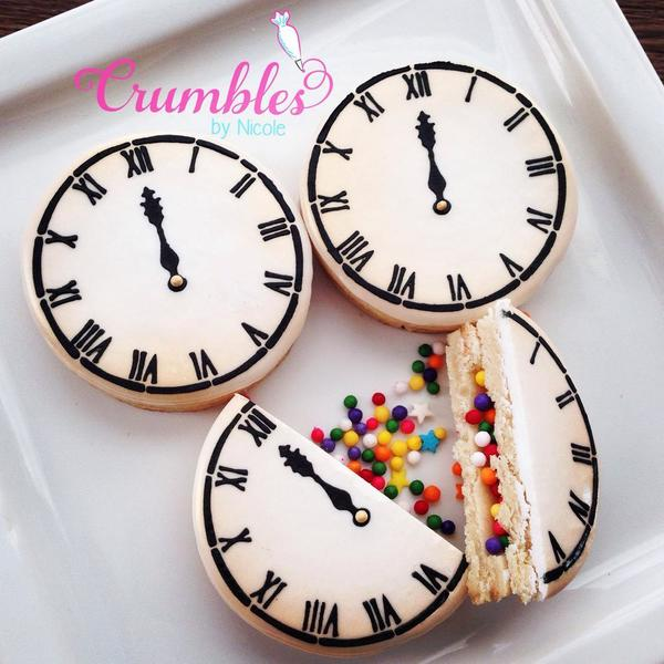 #8 - New Year's Eve Confetti Clock by Crumbles by Nicole