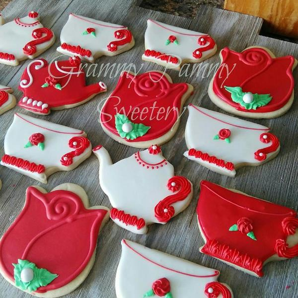 #6 - Red Roses Tea Cookies by GrammyPammySweetery
