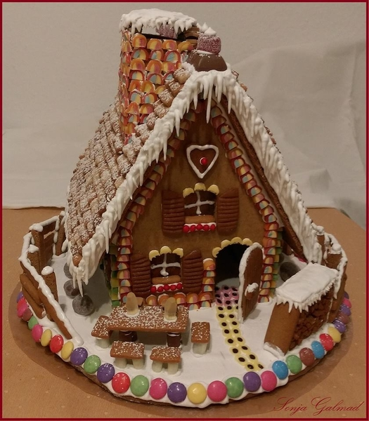 Gingerbread_House_sonja_galmad_2015