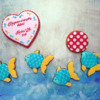 Airbrushed and Stenciled Fish Scene: Cookies and Photo by Berni Solti