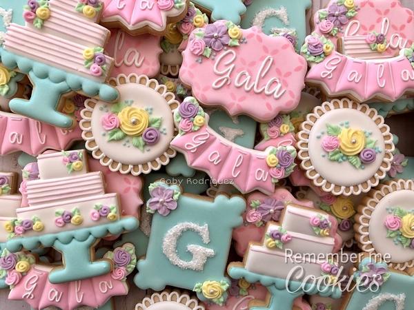#2 - Quinceañera Cookies by Gaby Rodríguez