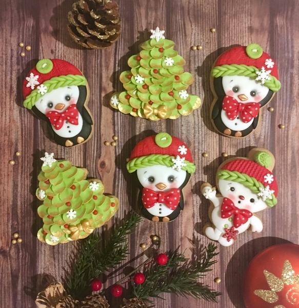 #7 - Little Christmas Penguins by Silviya Mihailova