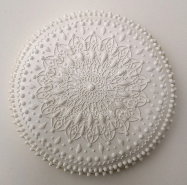 #10 - White Mandala Cookie by ANNA SWEET DESIGN