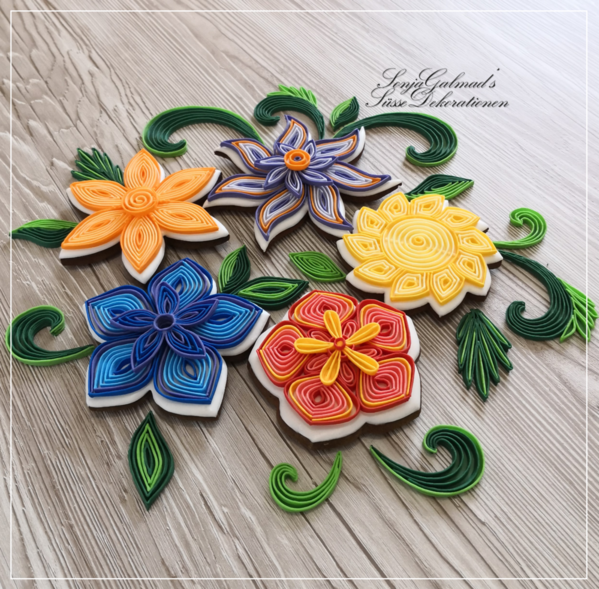 #3 - Quilled Flowers by swissophie