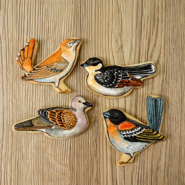 #4 - Painted Birds by Annelise (Le bois meslé)