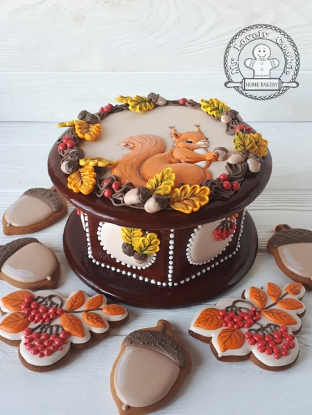#8 - %22Autumn%22 Gingerbread Box - Full View by My Lovely Cookie