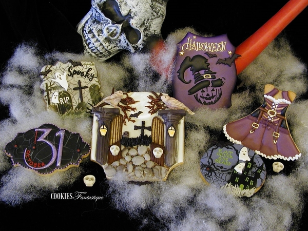 #2 - Graveyard Halloween by Cookies Fantastique by Carol