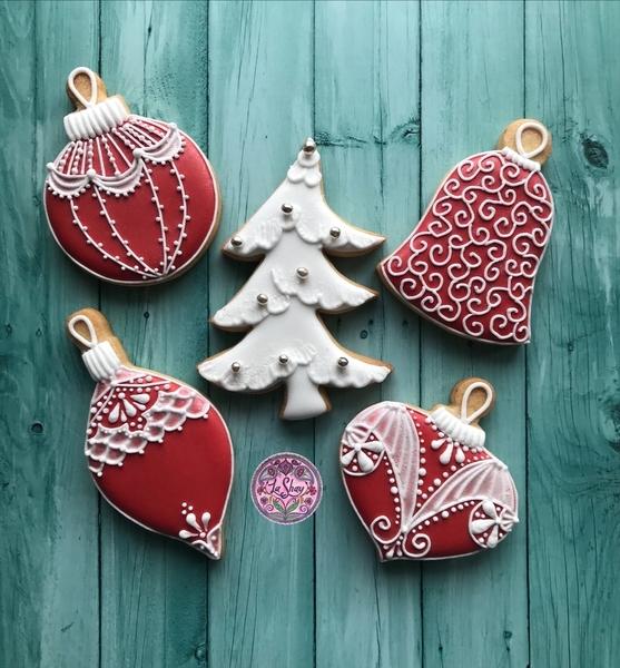 #5 - Christmas Baubles by La Shay by Ferda Ozcan