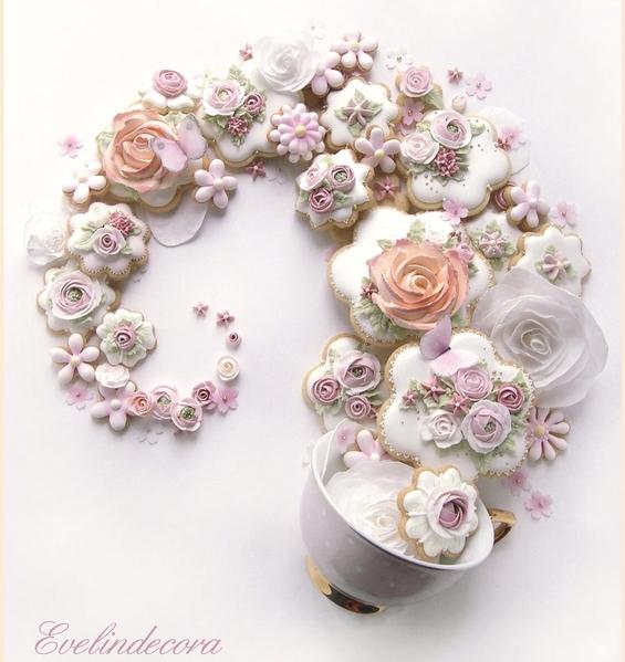 #5 - Flower Cookie Swirl by Evelindecora