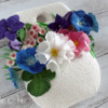 Flowers in White Hanging Vase: Cookie and Photo by Ryoko ~Cookie Ave.