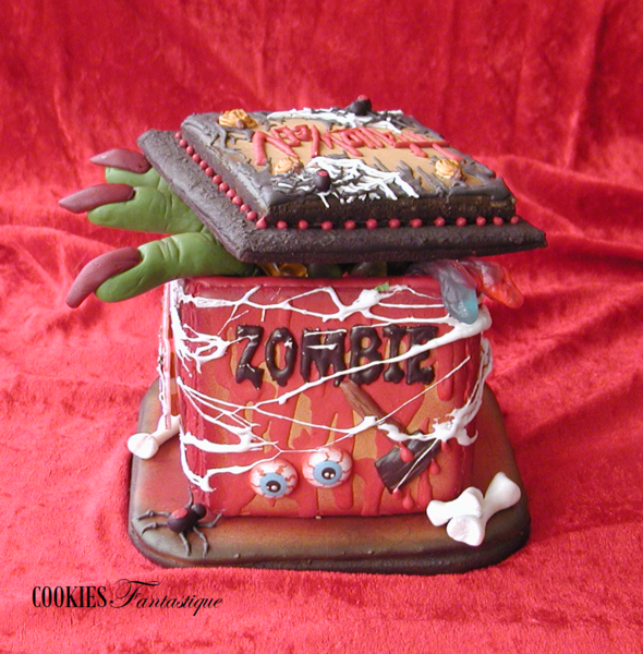 #9 - Zombie Creepy Halloween Box by Cookies Fantastique