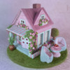 Shabby Chic Gingerbread House: Gingerbread House and Photo by Incantata