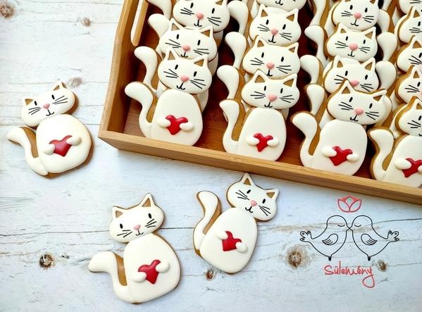 #8 - Cat Cookies by Judit Tarsoly