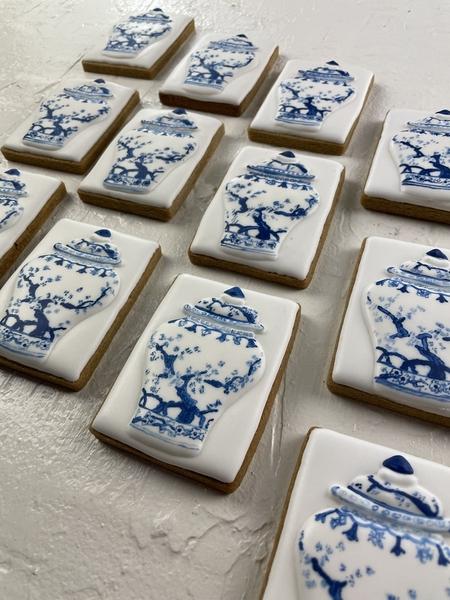 #2 - Vase - Blue & White by Lisa R