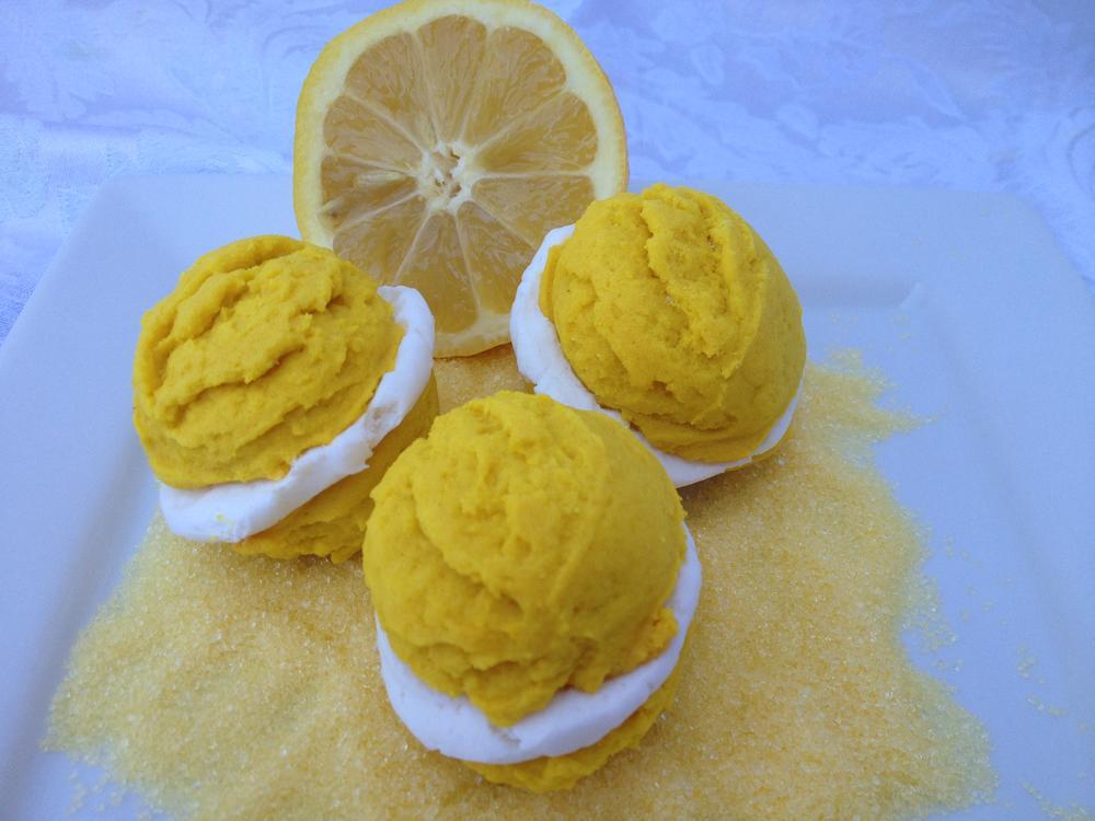 Lemon CookieBurgers