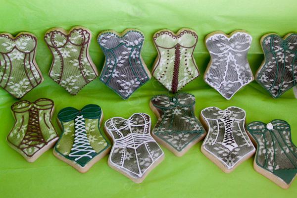 bridal shower cookies lingerie (3 of 25)