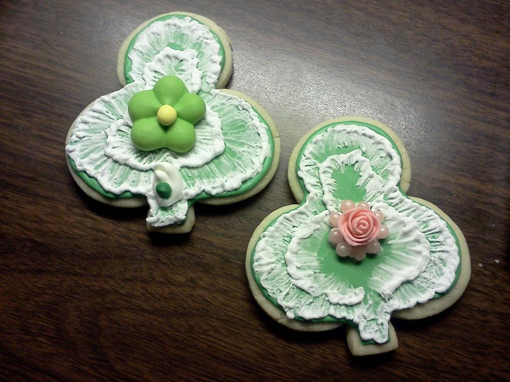 Brushed Embroidery Shamrock Cookies-View 2