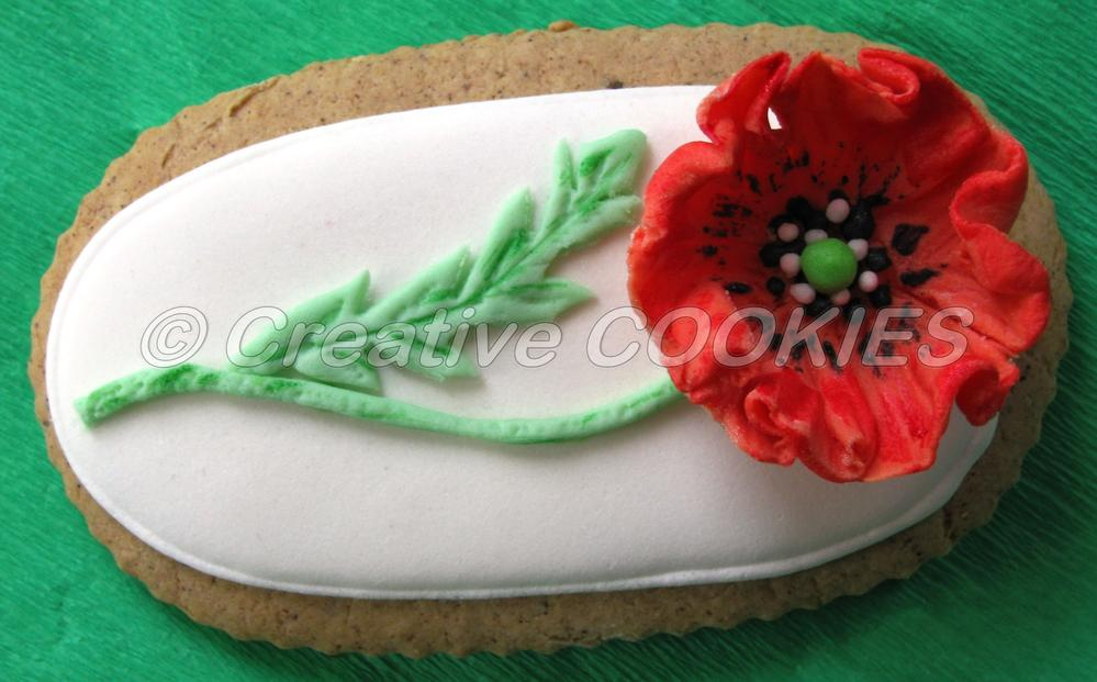 Poppy flower fondant on ri cookie connection poppy flower fondant on ri mightylinksfo
