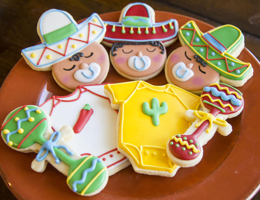 Let's Taco 'bout Fiesta Themed Baby Showers - Lindsay Ann Artistry